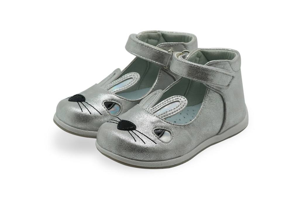 Children's Spring Autumn Summer Sandals for Girls with Cute Rabbit Ear Toddler Kids Hook & Loop Orthopedic Casual Shoes