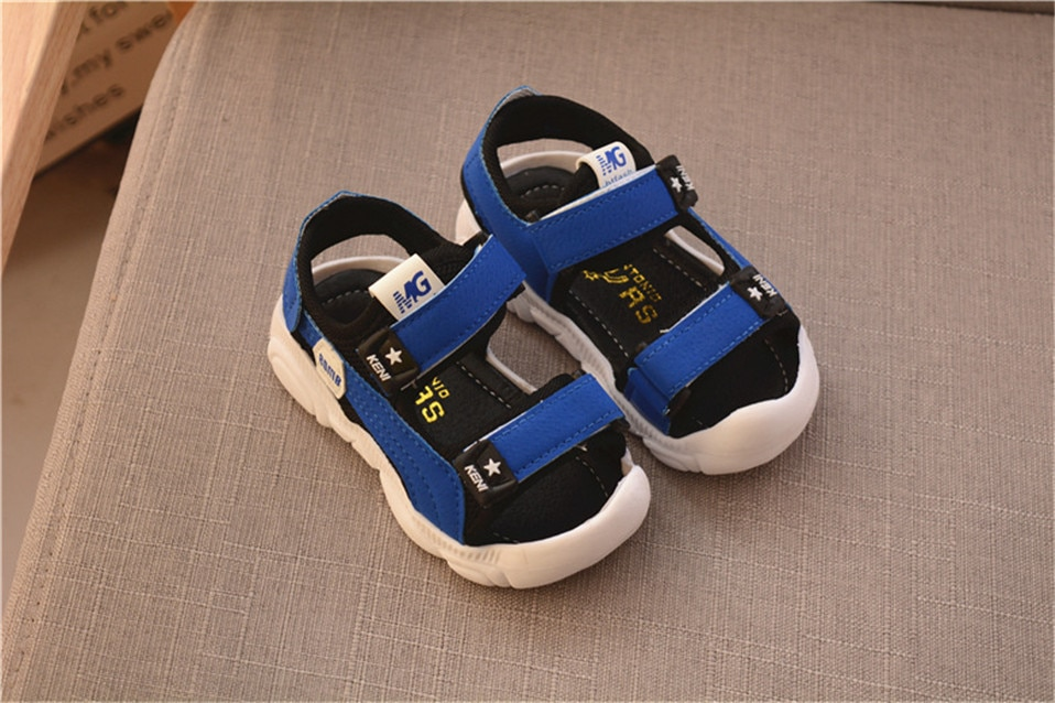 Summer Baby Boys Girls Shoes Kids Beach Sandals for Boys Soft Leather Bottom Non-Slip Closed Toe Safty Shoes Children Shoes