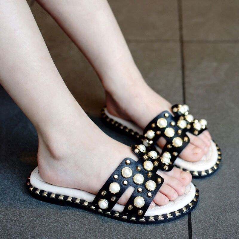 Girls Summer Sandals With Pearl Rhinestone Fashion Sweet Princess Big Kids Beach Slides Family Matching Slippers Hot Sale 26-39