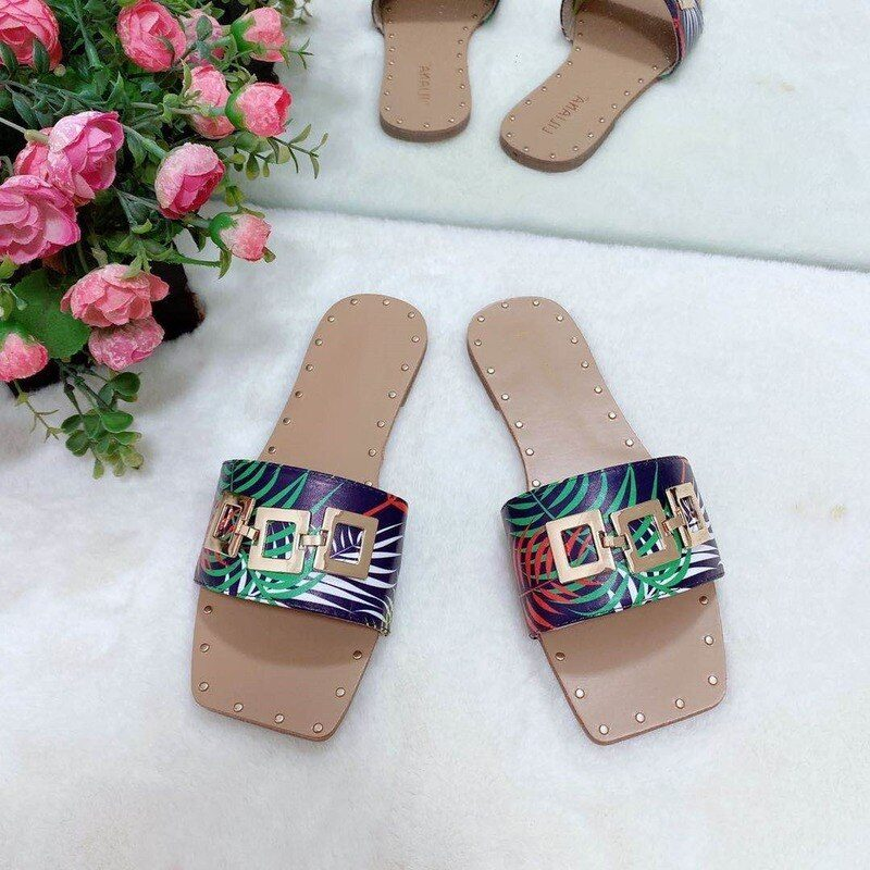 2021 Summer New Women's Sandals Flat Open Toe Outdoor Slippers Fashion Buckle Beach Shoes Plus Size 42