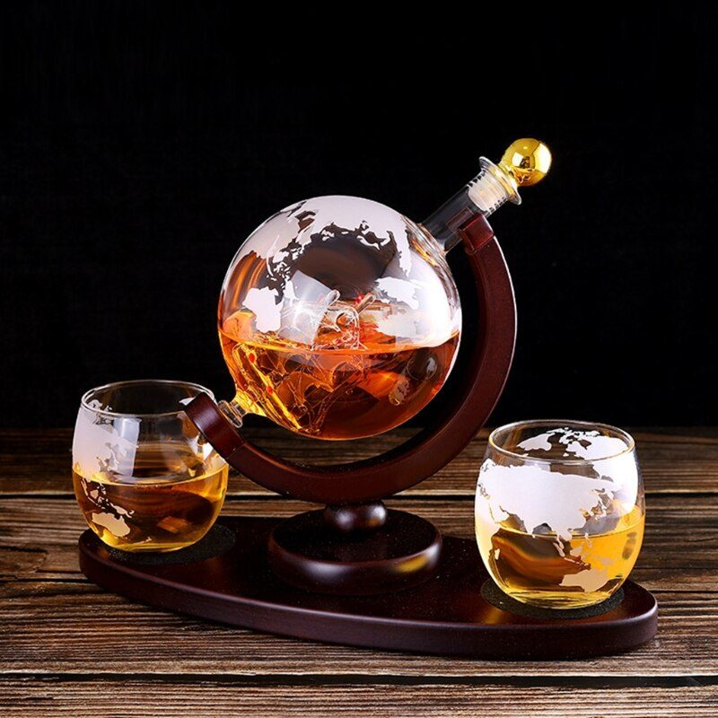 Unique World Map Globe Sailing Ship Liquor Decanter with 2 Etched Whisky Glasses Engraved Gift Set for Christmas Dropshipping